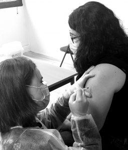lancement de la campagne de vaccination contre la covid pour les professionnels de l'HAD35